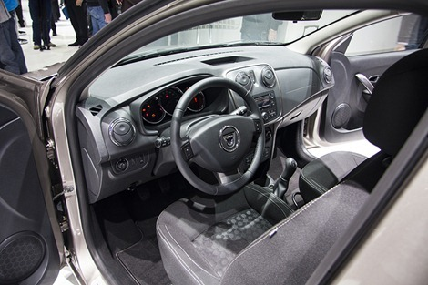 New-Logan-MCV-interior