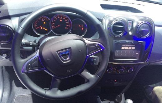 Sandero-facelift-interior-2016